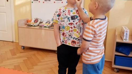 Obrazek galerii Poznajemy zmysły- grupa 3.
