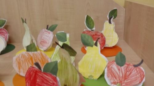 """Obrazek galerii """"Jesień w sadzie""""- grupa 5."""