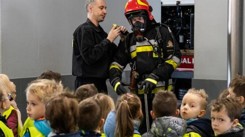 Obrazek galerii Dzielni jak strażacy