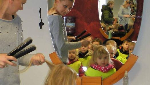 Obrazek newsa Wizyta w Salonie fryzjerskim